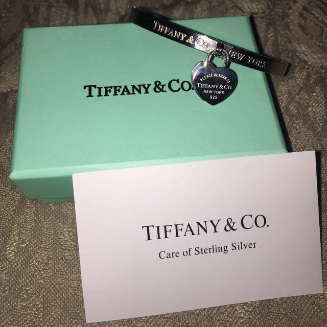 Tiffany Heart Charm Bangle