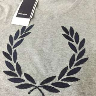 Fred Perry Shirt Sewing Logo
