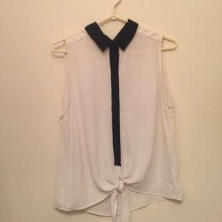 Forever 21 Front-Tie Blouse L
