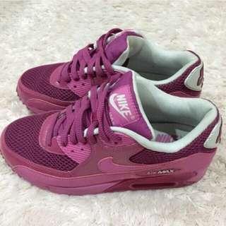2手Nike Air MAX桃紅(近全新)