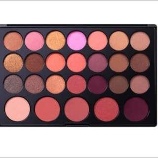 Neutrals 26 Eyeshadow& Blush Palette