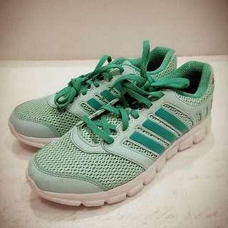 adidas lun cool 慢跑鞋 薄荷綠