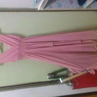 粉紅小禮服長裙