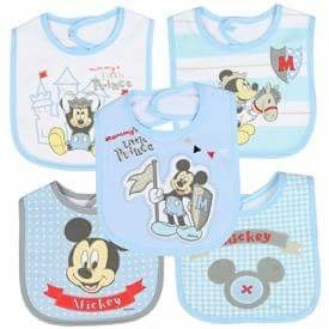Brand New 5 Pack Mickey Mouse Bibs