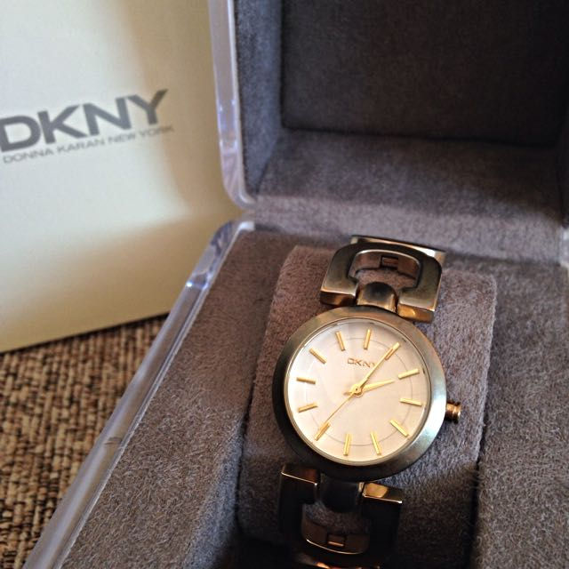 DKNY Spring 14 ny 2134 Ladies Watch