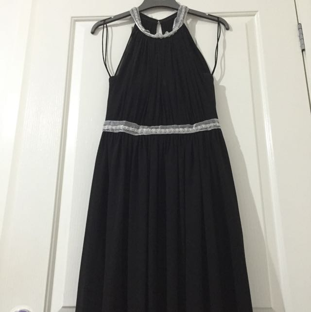 Forever New Black Formal Gown