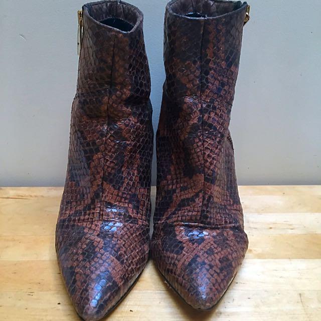 KAREN MILLER snake Skin Boots Size 38