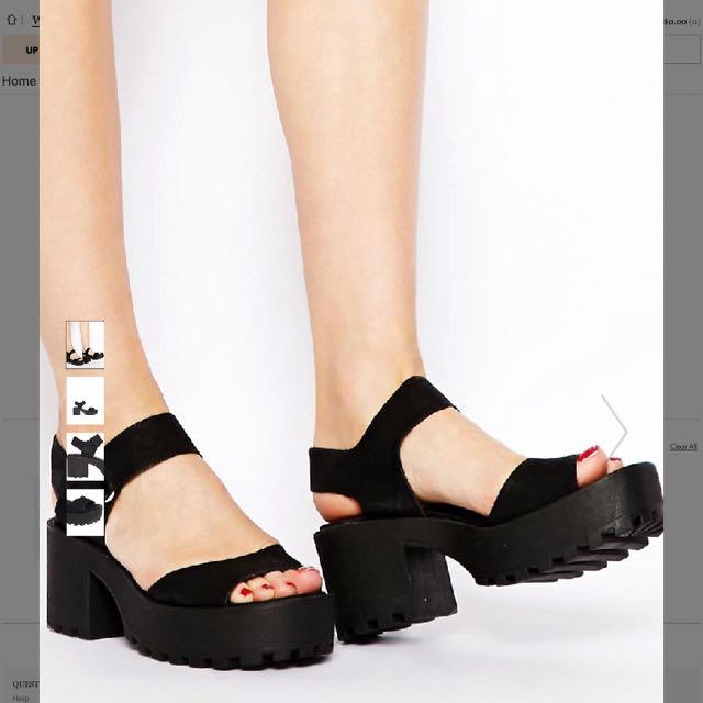 9b9eed5f469e New Look Black Chunky Sandals