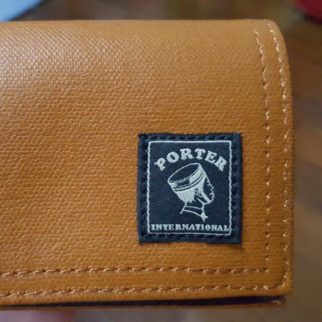 Porter 咖啡色零錢包