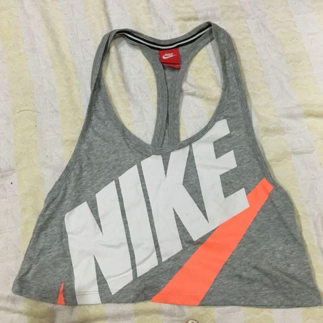 (預定中)S號 灰色短版Nike上衣背心