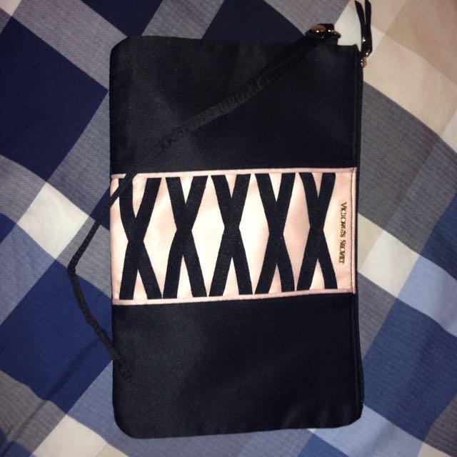 vs makeup bag/pencil case