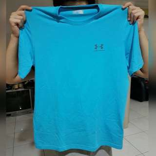 NEW Under Armour Loose Tshirt