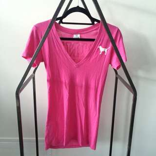 VS PINK (Loves Canada) T-Shirt