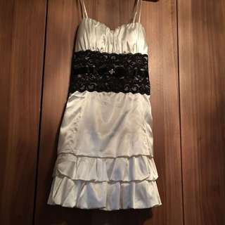 White Dress Only Worn Once Size S/M
