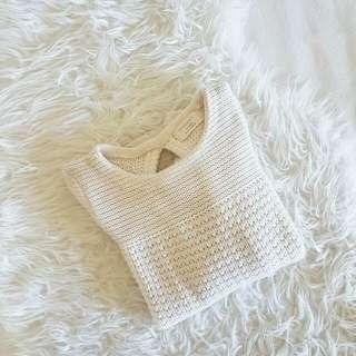 Elegant White Knit From ZARA