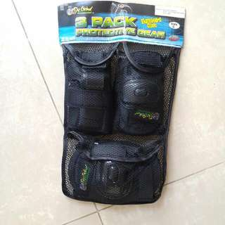 Skateboards 3 Pack protective gear