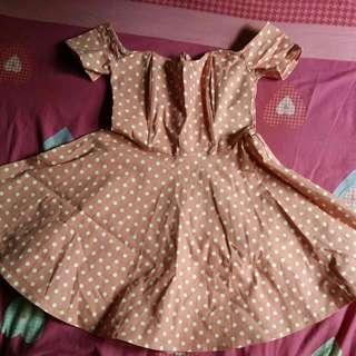 Offshoulder Polkadot Dress