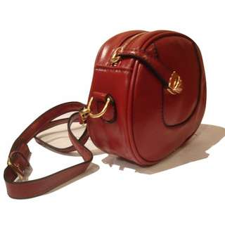 Casual Sling Bag in Red