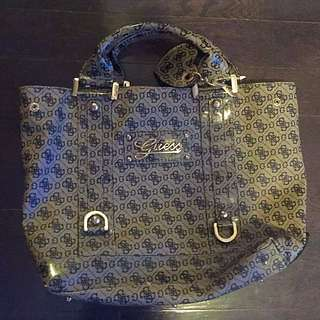 Guess handbag + wallet