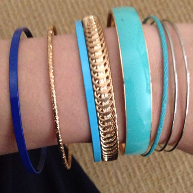 🆕8 Bracelet Bundle