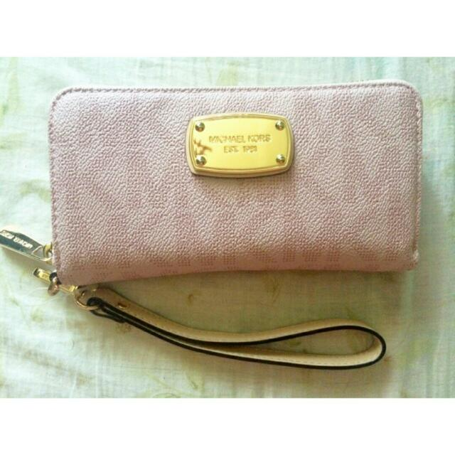 Authentic Michael Kors Jetset Medium sized Wallet