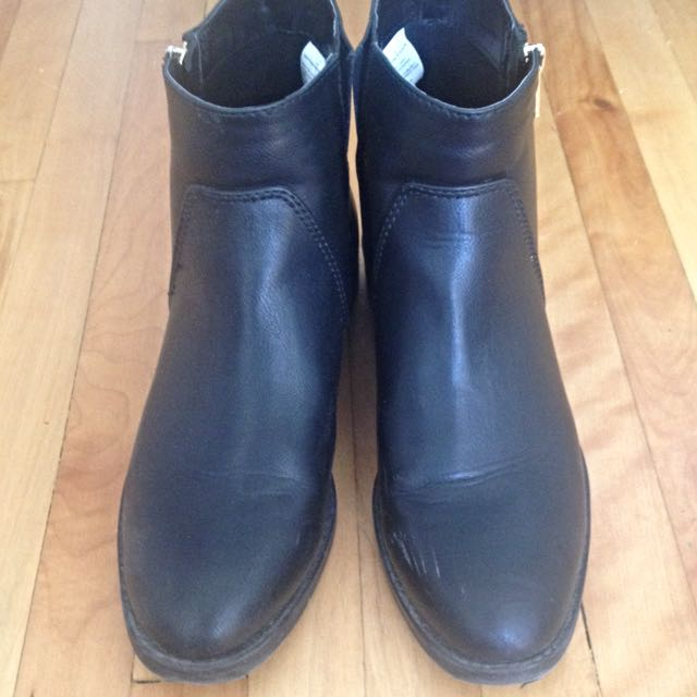 Black Ankle Boots - size 9