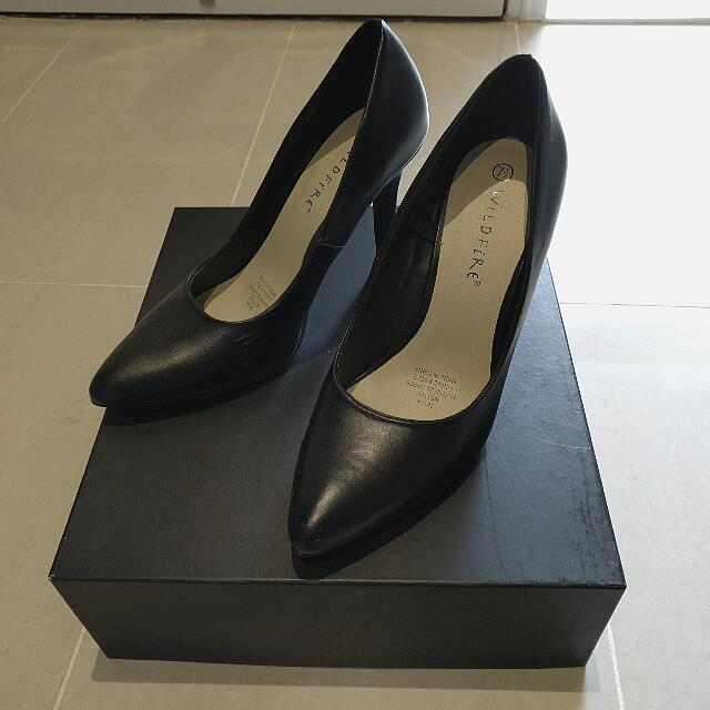 Black Kitten Heel - Au 7.5