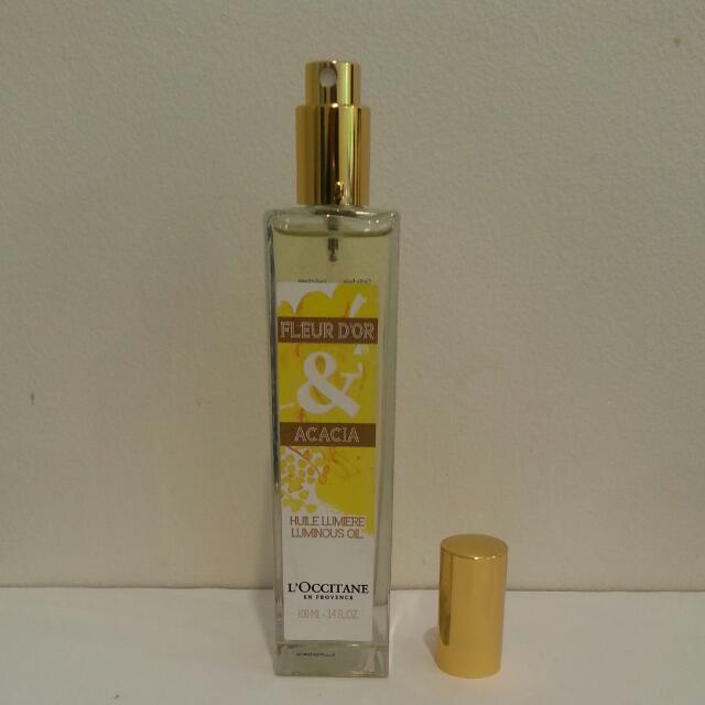 L'Occitane Fleur D'Or & Accacia Luminous Oil