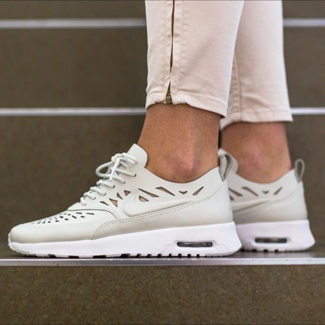 nike womens air max thea joli running sneakers