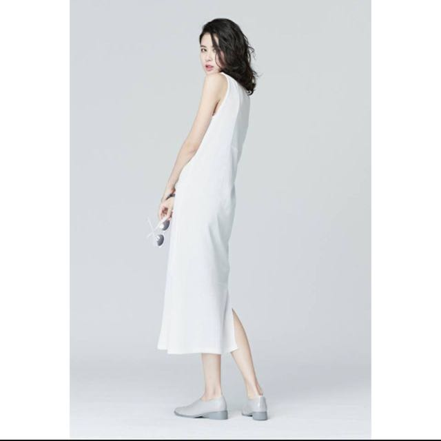 Nude 薄透針織連身洋裝 販白色款
