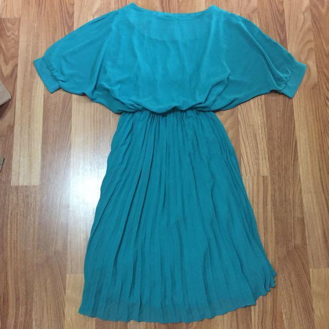 Pleats Chiffon Dress