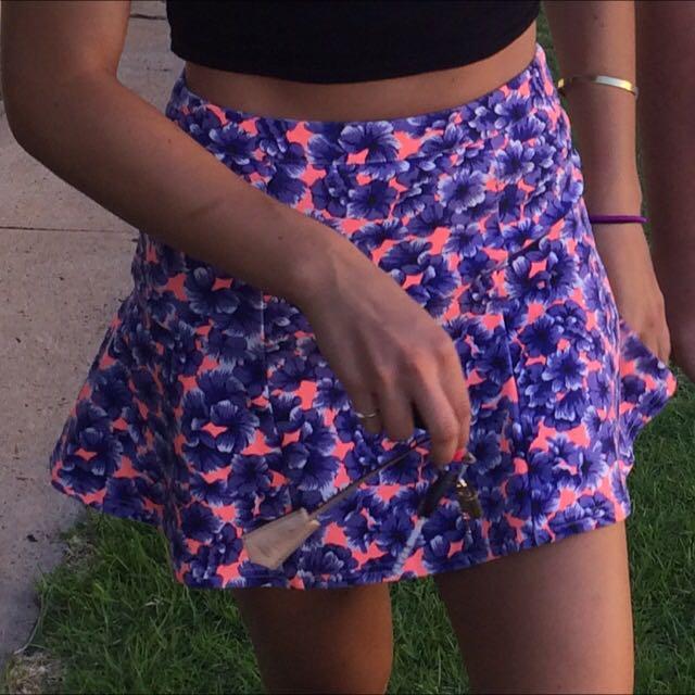 The Iconic Mini Skirt