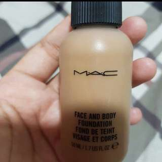 Original MAC Studio Face And Body Foundation