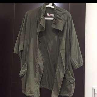 日本品牌e Hyphen軍綠外套