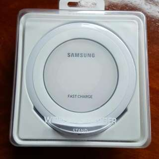 Samsung Wireless Fast Charger Stand