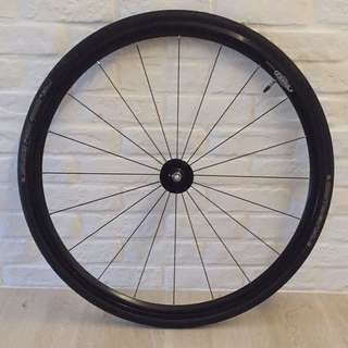 Rinpoch R490 Front Wheel And American Classic Aero 420