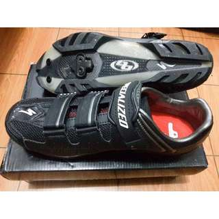 Sepatu Sepeda SPECIALIZED PRO CARBON BLACK MTB 41 (Inc. Cleat Shimano)