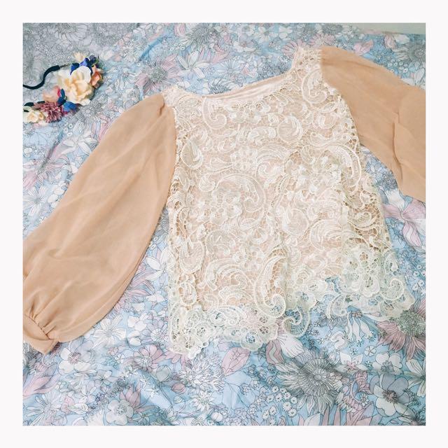 全新🦄宮廷風雪紡蕾絲上衣質感超好