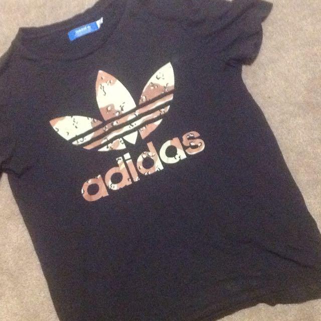 Adidas Tee Size S