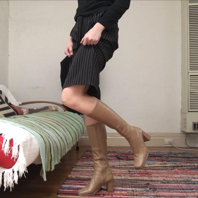 Beige Vintage Boots Sz 40