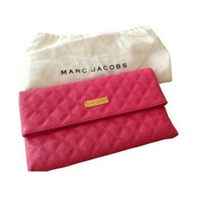 7ed115e9f11 Marc Jacobs Foldable Clutch Bag, Luxury on Carousell