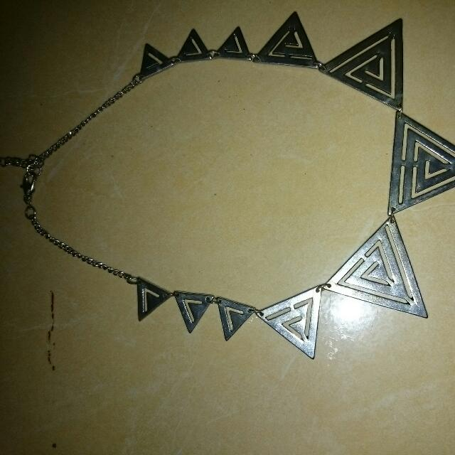 Necklace Pyramid