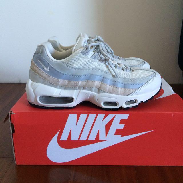 (保留中)Nike Max 95 Essential Phantom