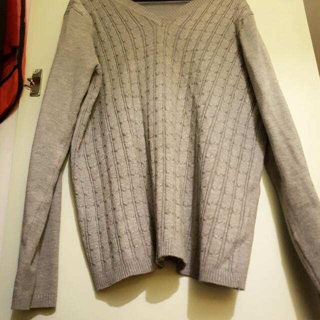 SizeM Grey Knitted Jumper