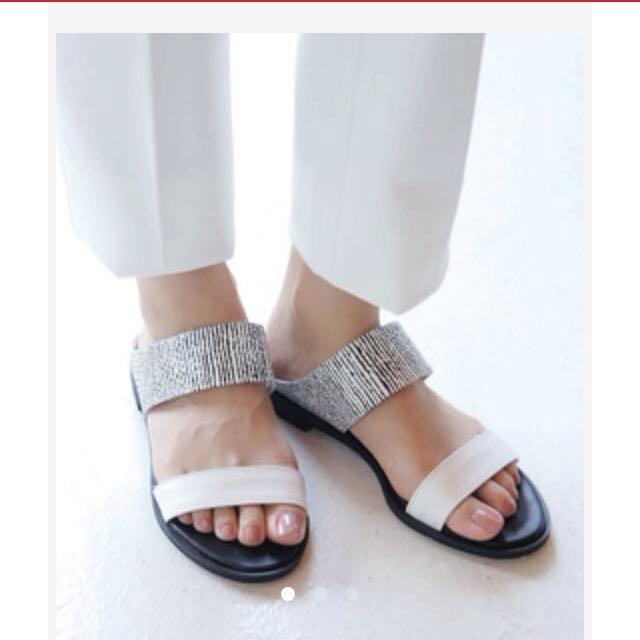 Soulsis 黑白雙帶涼鞋 平底拖鞋