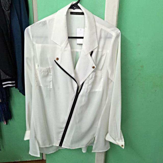Suzy Shier White Jacket blazer