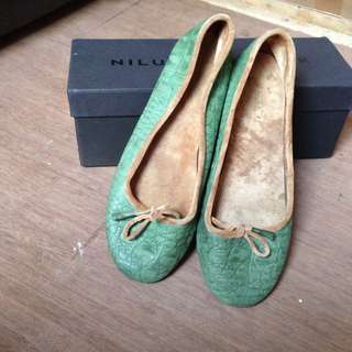 Flatshoes Niluh Djelantik (ori)