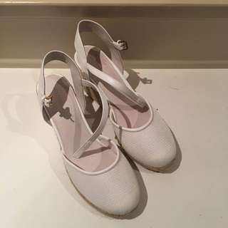 Witchery Shoes Size 41