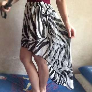 Zebra Longback Skirt