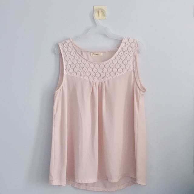 Dainty Lace Top Size S